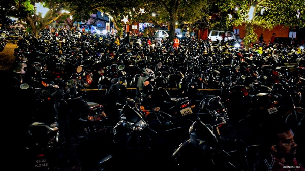 goa-night-market-parking1